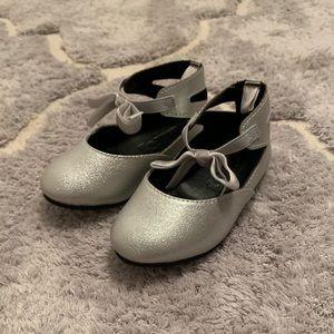Toddler girl Silver ballet flats